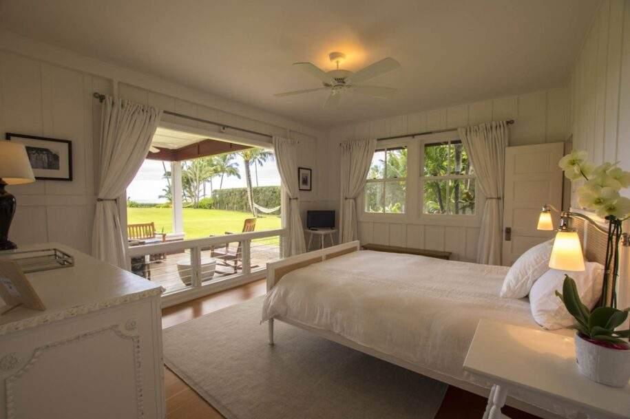 12 Faye bedroom1_queen