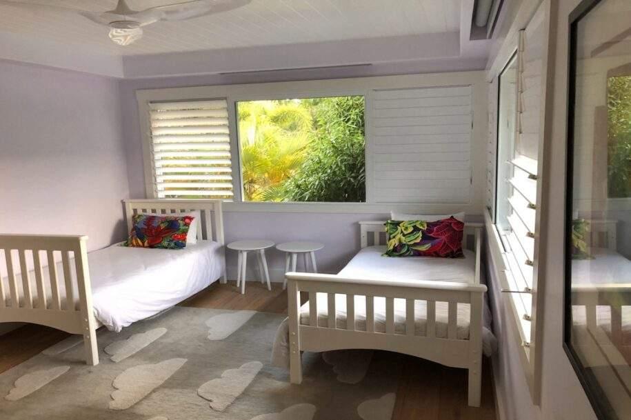 12 guest bedroom twins