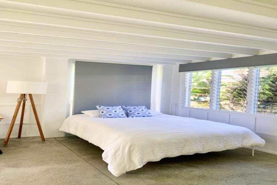 15 downstairs bedroom