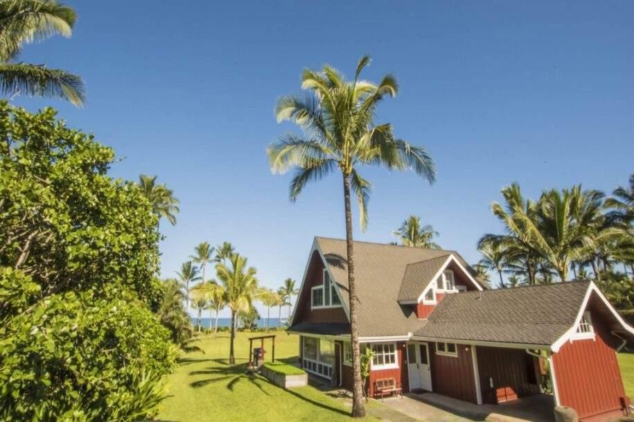2 Faye Estate Hanalei Beachfront