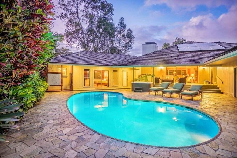 3 night pool
