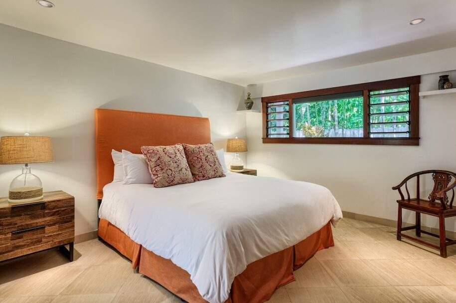 31 downstairs bedroom