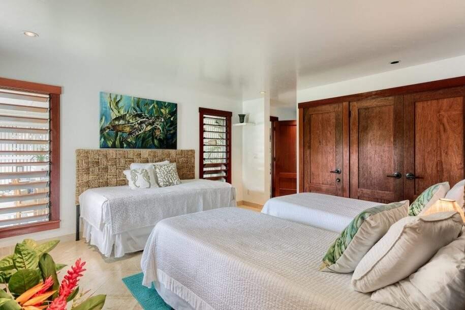 32 downstairs bedroom
