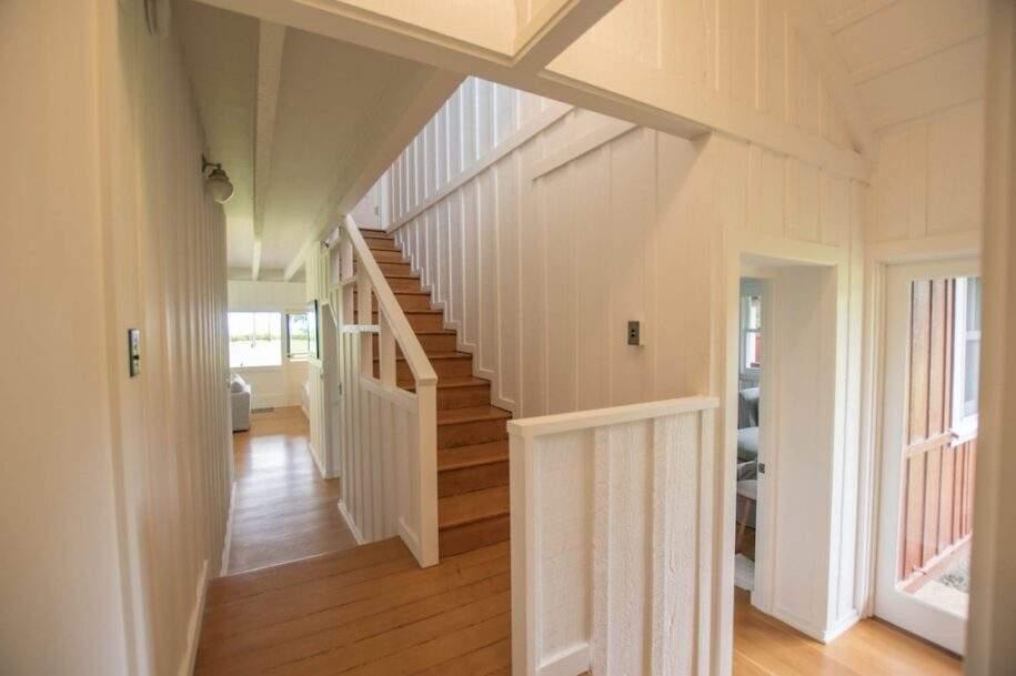 39 Faye stairs