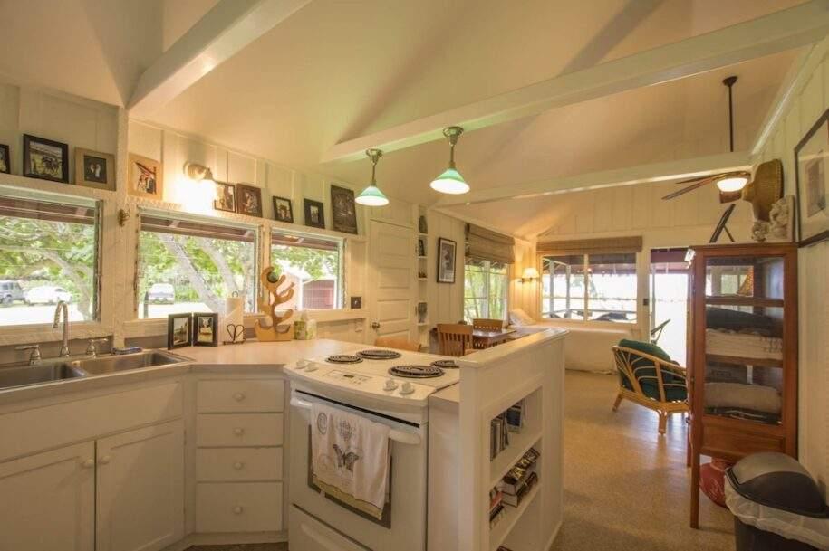 43 Faye guest-house-kitchen-2