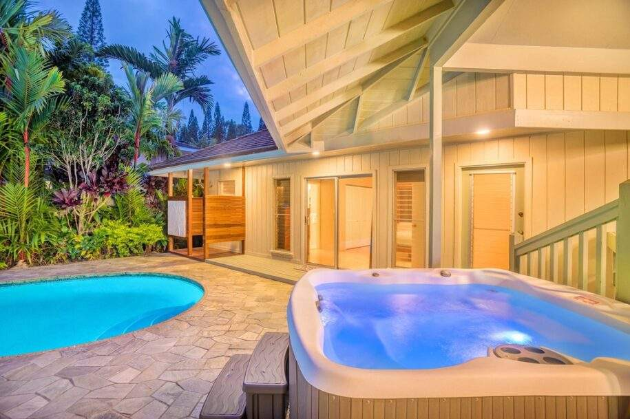 6 hot tub