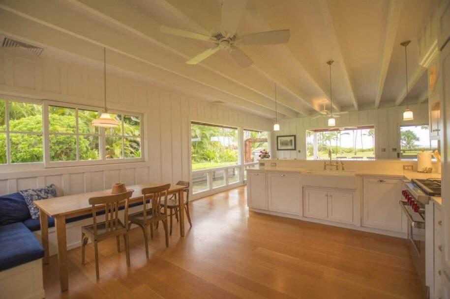 7 Faye Kitchen Corner Dining