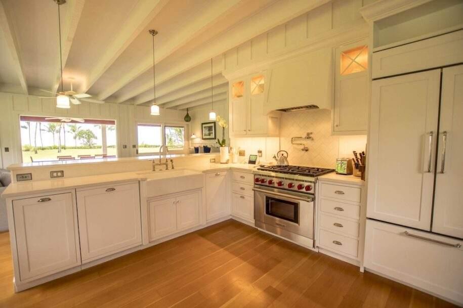 8 Faye kitchen