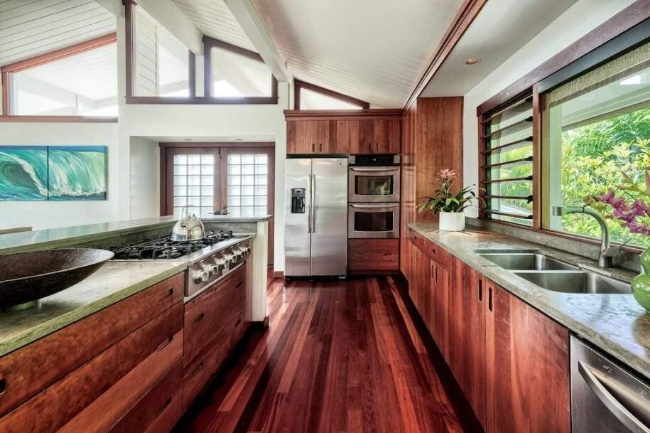 9 upstairs kitchen
